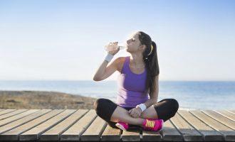 運動中一定要喝水?