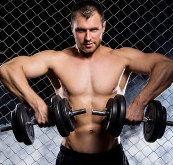 打造強壯肩膀 4個肩部重量訓練