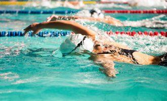 泳者無懼「游泳肩」