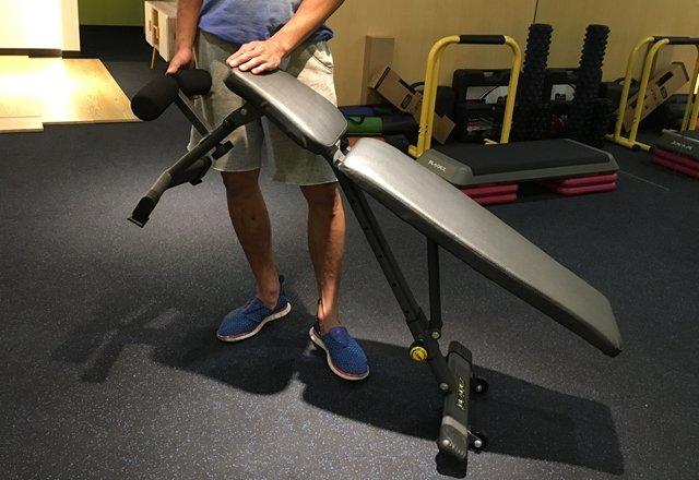 重訓輔助器材介紹—Bladez BW13重訓椅(舉重床)