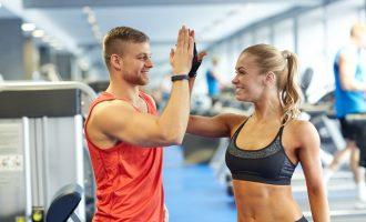 帶有激勵效果的雙人肌力運動