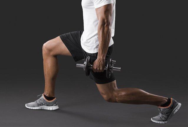 打造雙腿無捷徑—啞鈴弓箭步